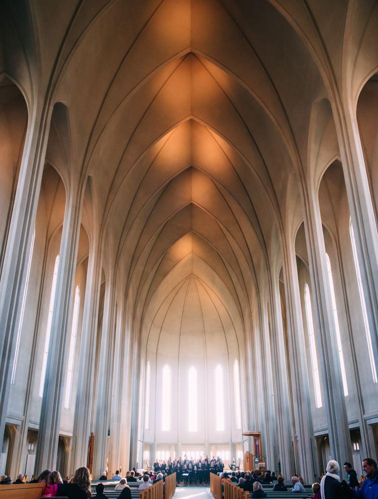 Gammel kirke som vil trenge rehabilitering i fremtiden